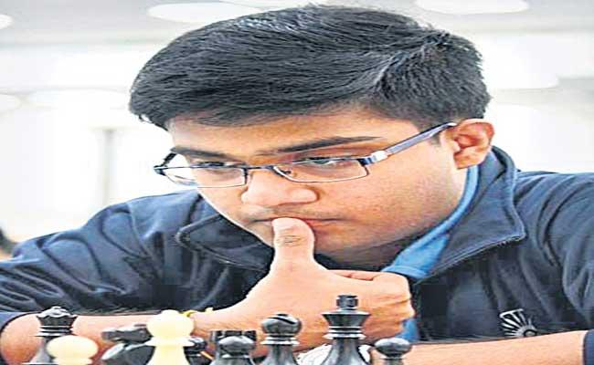 Inion Record As The First Indian To Win World Open Chess Champion - Sakshi
