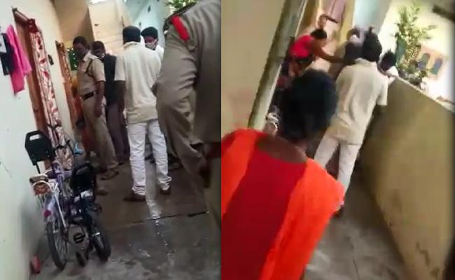 Wife Caught Husband Red Handed In Nalgonda - Sakshi