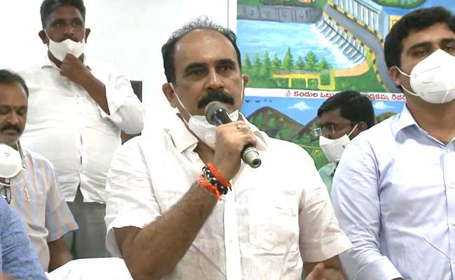 Balineni Srinivas Reddy Starts YSR Sampoorna Poshana In Prakasam - Sakshi
