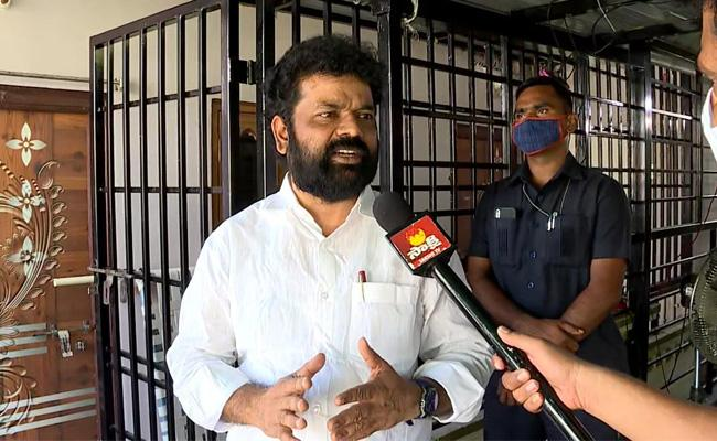 Nandigam Suresh: If One Court Stay Is Lifted Chandrababu Will Go To Jail - Sakshi
