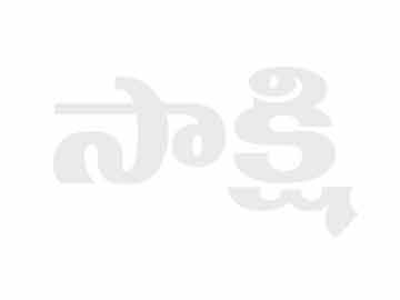 Truck Overturns On Road In Madhya Pradesh - Sakshi